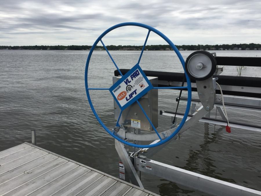 Boat Lift Drive Motors 120v And 12v 24v Solar Powered